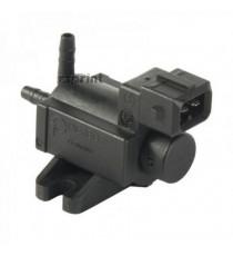 Commutateur électrique pour valve d'échappement à commande pneumatique
